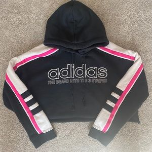 Cropped Adidas Sweatshirt